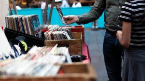 Hör Dich glücklich: 10 aktuelle Jazz CDs die Dein Leben bereichern werden!